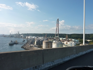 室蘭市は道内屈指の重化学工業都市として知られています。