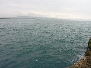 留萌の海。近くに留萌川が流れるため雪代の影響で海は少し白濁気味でした。
